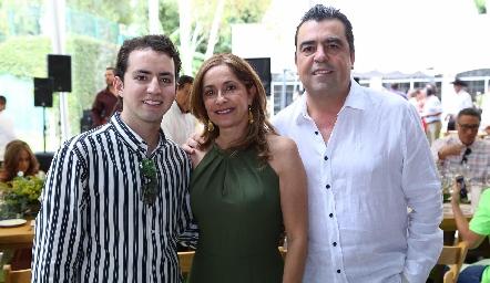 José Julián Olmos, Patricia Gaviño y Javier Gómez.
