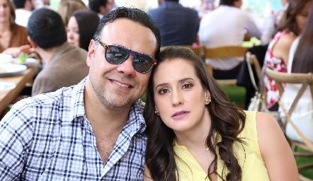 Alejandro Torres y Pituca Escartín.