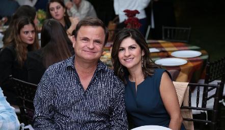 Oscar Cabrera y Lucía Escobedo.