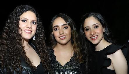 Paola, Tatina y Sofía.