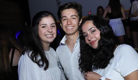Ana Clara Miranda, Rodrigo Ramírez y Camila Gómez.