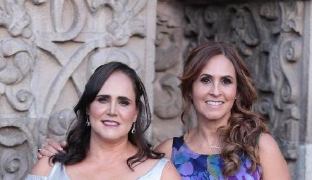 Alejandra Treviño y Dulce Herrera.