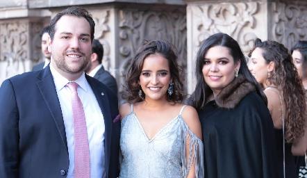 Bernardo González, Isa Torres y Nilda Esper.