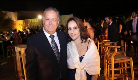 Carlos Nava y Esther Sandoval.