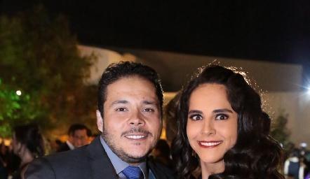 Enrique Gaviño y Claudia Estrada.