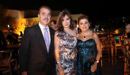 Marco Güemes, Martha Abud y Claudia Abud.
