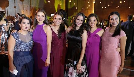 Ana Sofía Zertuche, Liliana Acosta, Karla Valderrama, Gaby Álvarez, Majo Vergara y Geraldine Alarcón.