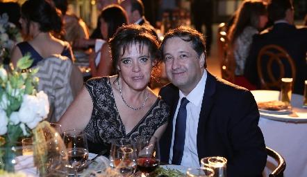 Lourdes y Alberto Montes.