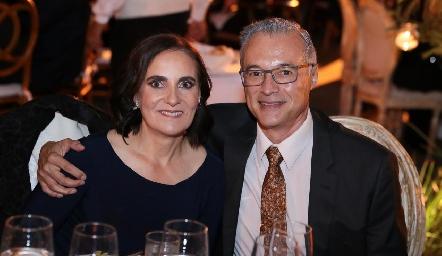 Tere Raymond de Ledezma y Alfonso Ledezma.