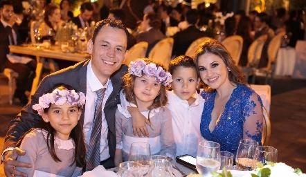 Familia de la Rosa Echegaray.