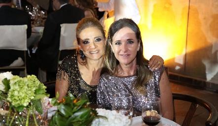 Beatriz Rangel y Claudia Toledo.