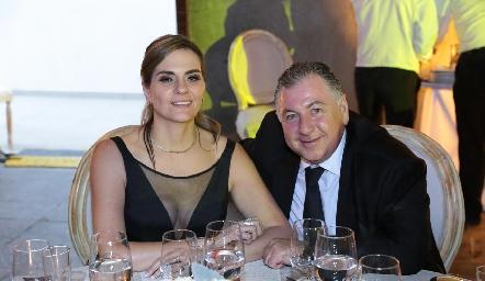 Claudette y Rodrigo Villasana.