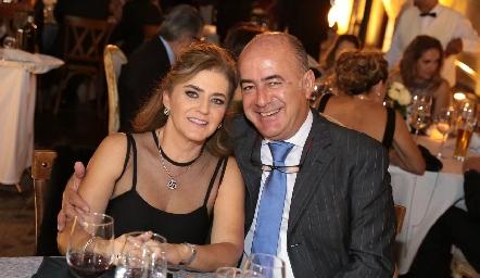 Adriana y Rafael Olmos.