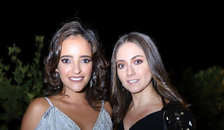 Isa Torres y Nayelli Maya.