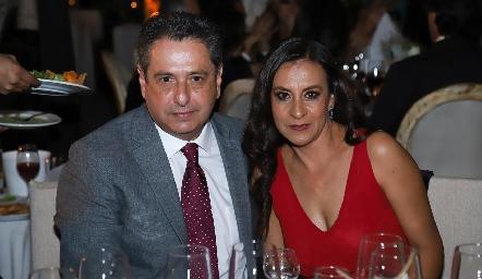 Víctor Zepeda y Laura Rosillo.