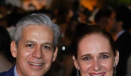 Leopoldo Stevens y Maribel Rico.