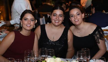 Hermanas González Villanueva, Gaby, Daniela y Marisol.