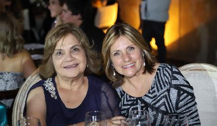 María Guadalupe Martínez y Tere Lastras.