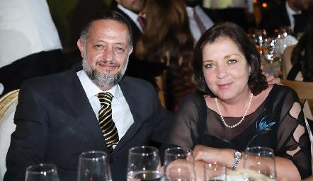Luis Rosillo y Cecilia Orozco.