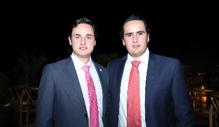 Victoriano Martínez y Ricardo Raymond.