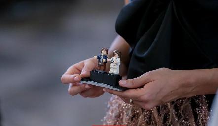 Legos porta anillos.