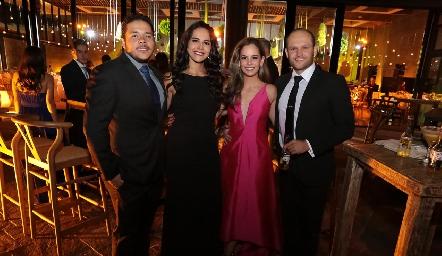 Enrique Gaviño, Claudia Estrada, Alynn Ruiz y Abel Rangel.