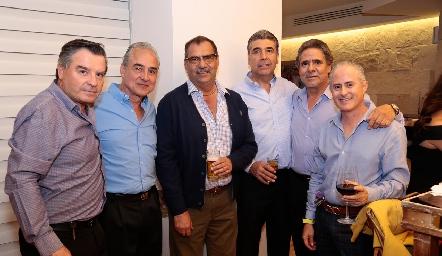 Güicho Ortuño, Juan Manuel Rocha, José Lorca, Rafael Tobías, Luis Jaime Castillo y Jorge Aldrett.