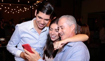 Rafa Tobías, Cristy Lorca y Jorge Aldrett.