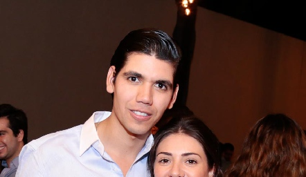 Rafa Tobías y Cristy Lorca se comprometieron.