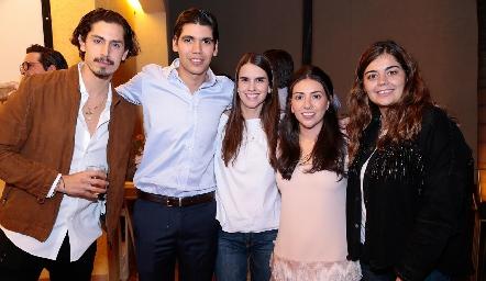 José Carlos de la Rosa, Rafael Tobías, Ana Gaby González, Cristy Lorca y María José Motilla.