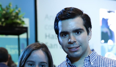 Lucía Esparza y Rodrigo Pérez.