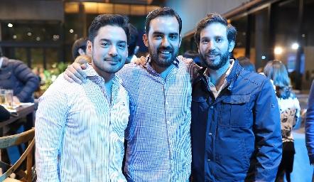 Miguel Torres, Rafael Olmos y Andrés Torres.