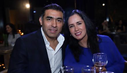 Javier y Alma Hernández.