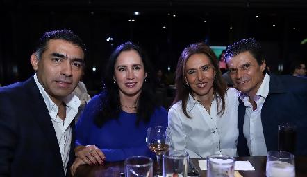 Javier y Alma Hernández, Mercedes y Fernando Cifuentes.