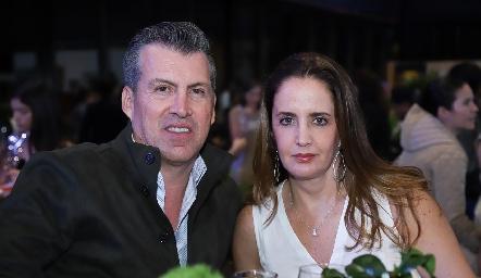 Alfonso y Montserrat Anaya.