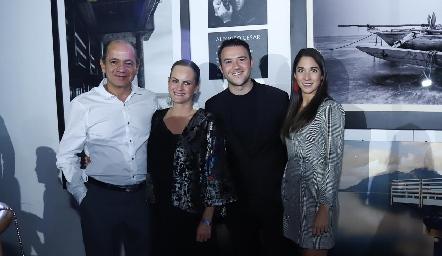 Elías Abud, Rocío Gómez, Alfonso César y Lulú Álvarez.