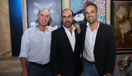 Cali Hinojosa, Gustavo Puente y Andrés Gómez.
