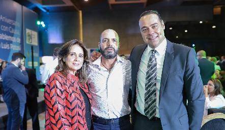 Maru Martínez, Jeppo Mahbub y Alejandro Torres.