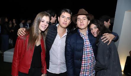 Paulina Mebius, Santiago Perafán, Enrique Perafán y Natalia Gárate.