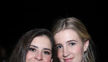 Vane Correa y Macarena Anaya.