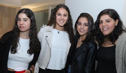Valeria Mier, María Meade, Natalia Rentería y Ana Fonte.
