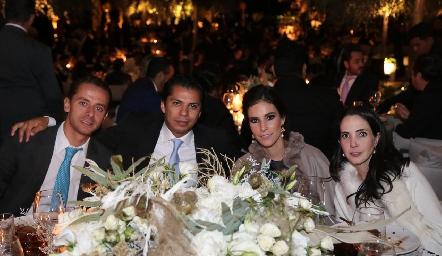 Josh Torres, Luis Alvarado, Mary Carmen Meade y Mariana Candia.