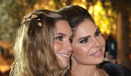 Ana Victoria de la Rosa y Martha Díez Gutiérrez.