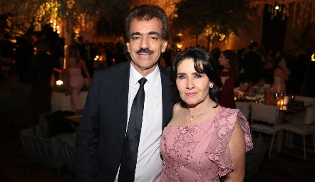 Gabriel y Lula Torres.