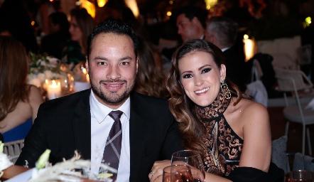 Roberto Alcalde y Laura Cadena.