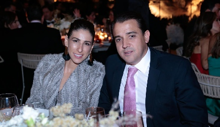Nina y Óscar Valle.