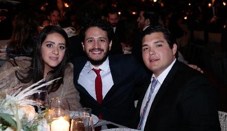 Scarlett Garelli, Alberto Pérez y Jorge Stahl.