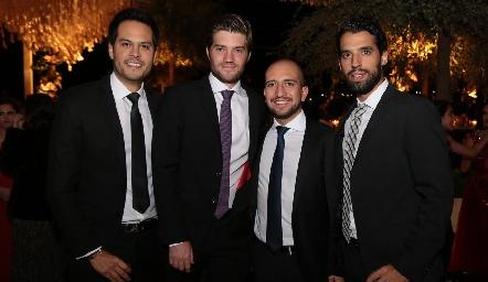 Beto Berrones, José Manuel Hernández , Diego Bocard y Alejandro Romo .