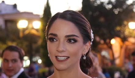 Hermosa novia Sofía Álvarez.