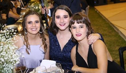 Marisol Cabrera, Claudette Villasana y Montse Barral.